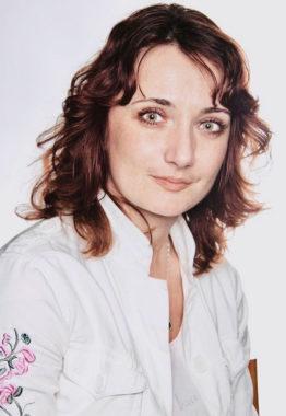 ALENA KRCHNÁKOVÁ